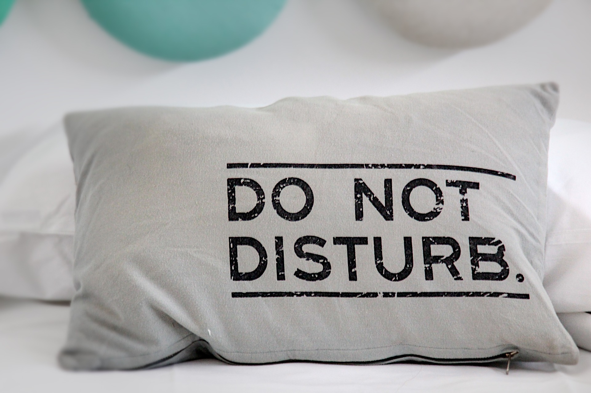 Down Pillows- Comfort and Luxury for Bedroom