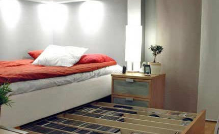 Small Bedroom Organization Ideas- Five Easy Hacks