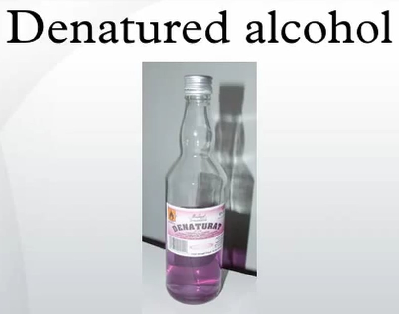 How to Remove Paint from Plastic Using Denatured Alcohol