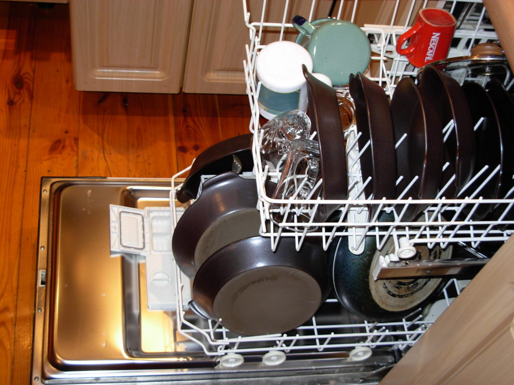 Baking Soda and Vinegar Cleaning Solution for Dishwasher Cleaner