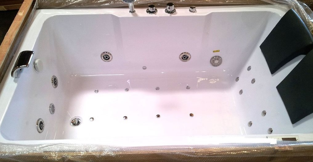 How to Clean a Jetted Tub with Bio-film Remover